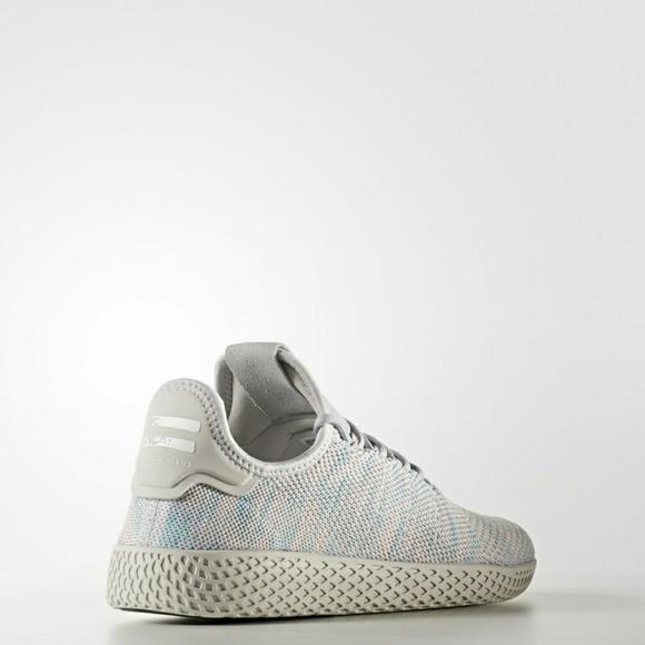 Le Adidas 5 Lasciato Pharrell Williams Hu Scarpa By2671 Poshmark